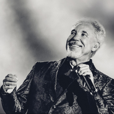 TOM JONES MALLORCA